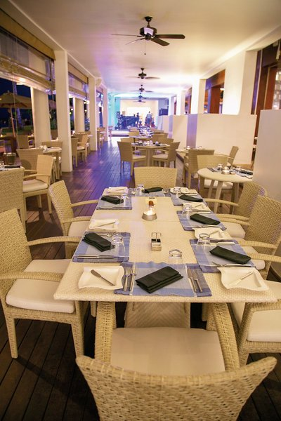 The-Fortress-Resort-restaurant.jpg