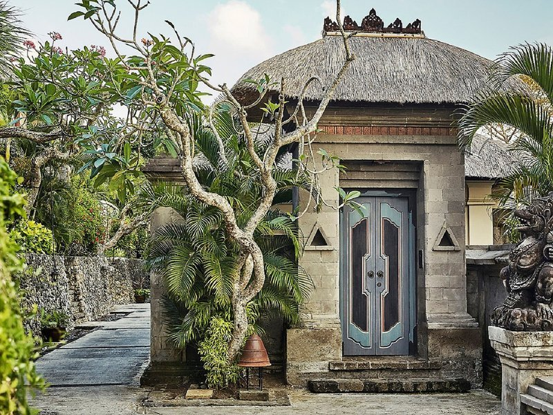 Four-Seasons-Jimbaran-garden-villa.jpg